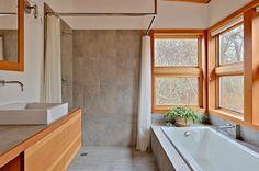 Eagle Point - Modern - Bathroom - Seattle - by Prentiss Balance Wickline Architects Small Tiny House, Small House Design, Small House Plans, Small Homes, Tiny Houses, Rustic Bathrooms, Modern Bathroom, Light Bathroom, Bathroom Ideas
