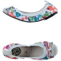 Cafènoir Ballet Flats ($26) ❤ liked on Polyvore featuring shoes, flats, white, ballet flat shoes, white flats, white ballet shoes, ballerina shoes and white ballet flats