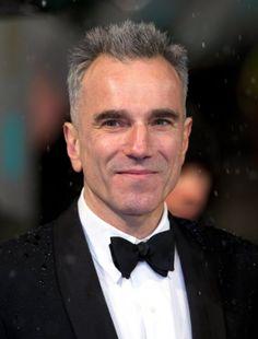 Daniel Michael Blake Day-Lewis es la única persona en la historia del cine para ganar el premio Oscar al Mejor Actor tres veces. Nacido en Londres, Inglaterra, ...