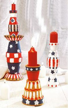 Stacked clay pots painted in stars and stripes become patriotic candleholders thanks to this project. These are a great addition to your July 4th centerpieces.