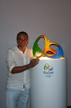 Fred Gelli on creating the Rio 2016 Olympic and Paralympic branding - Design Week Branding Design, Logo Design, Rio Olympics 2016, 2016 Trends, Rio 2016, Logo Inspiration, Geek Stuff, Brand Management, Management Tips