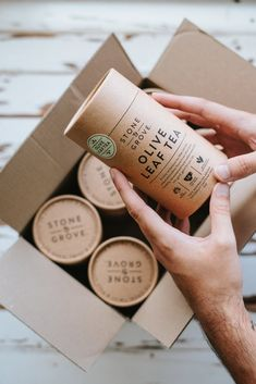 A Simple Package That Invokes The Natural Elegance That is Stone & Grove Tea Food Box Packaging, Spices Packaging, Ice Cream Packaging, Organic Packaging, Candle Packaging, Food Packaging Design, Paper Packaging, Coffee Packaging, Coffee Branding