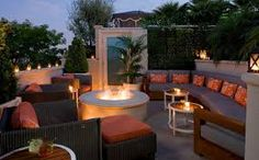 Roof top patio Beverly Hills, sit back and unwind at The Roof Garden restaurant at The Peninsula Beverly Hills where one can enjoy the unique Naturally Peninsula organic cuisine under the stars. Garden Fire Pit, Diy Fire Pit, Fire Pit Backyard, Beverly Hills, Fire Pit Plans, Outdoor Fireplace Designs, Backyard Fireplace, Portable Fire Pits, Cozy Patio