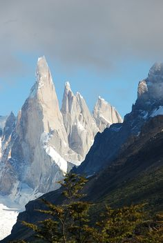 Most beautiful places in the world :: Chile ~ Torres del Paine : Patagonia Places Around The World, The Places Youll Go, Places To Go, Around The Worlds, All Nature, Amazing Nature, Cap Horn, Beautiful World, Beautiful Places