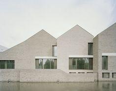 Pool Leber Architekten, Brigida Gonzalez · Kult - Cultural Center