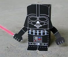 Paper Darth Vader Box Figure (StarWars)!