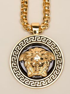 Versace gold medusa pendant necklace cigar pipe enthusiasts versace collier chane maille carre pendentif medusa aloadofball Images