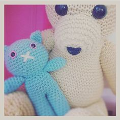 La amistad es el ingrediente más importante en la receta de la vida.  Friendship is the most important ingredient in the recipe of life.  #tejido #tejidoamano #tricot #knitting #tejidocrochet #hook #gancho #ganchillo #stitches #croche #muñecos #amigurumi #crochetstagram #lanaterapia #CrochetByMarisa #estambre #lana #yarn #handmade #love #hechoamano #hechoconamor #hechoenmexico #puntadas #tampico #madero #tampicomadero #mexico by crochetbymarisa