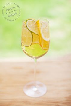 Fun drinks for a girls' night!  White Wine Spritzer Signature Cocktails #drinks