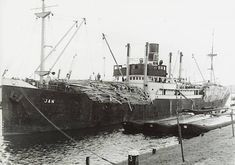 Ships Nostalgia is the forum and discussion board for all things ships and shipping, providing a friendly community, advanced discussion board, gallery and more for your use. Merchant Navy, Merchant Marine, Old Port, Steamers, Sailing Ships, Norway, Nostalgia, Boat, Shapes