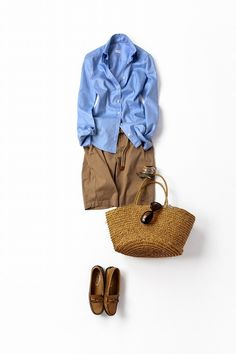 I like this short/shirt combo. Fashion Mode, Daily Fashion, Everyday Fashion, Womens Fashion, Fashion Trends, Mode Outfits, Fashion Outfits, Summer Outfits, Casual Outfits