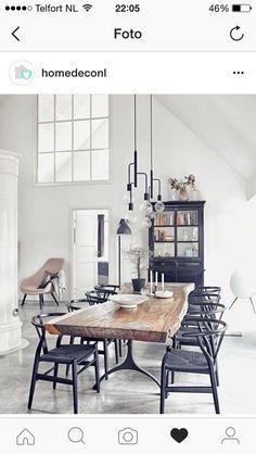 Hanglamp http://www.flinders.nl/frandsen-cool-chandelier-hanglamp