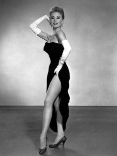 http://imgc.allpostersimages.com/images/P-473-488-90/37/3706/71AAF00Z/posters/les-girls-mitzi-gaynor-1957.jpg