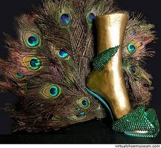 Peacock Inspired Shoe    This is for Joni. lol