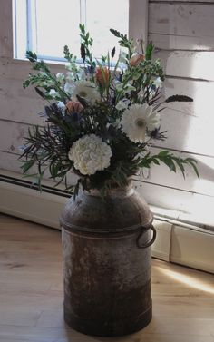 Pretty idea for a fall country wedding ~ I have one of these milk cans! Floral Wedding, Fall Wedding, Rustic Wedding, Wedding Flowers, Wedding Country, Trendy Wedding, Wedding Ideas, Wedding House, Wedding Church