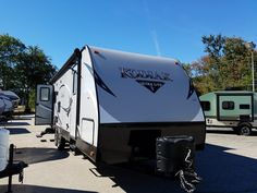2017 Dutchmen Kodiak Express 264RLSL Stock: 5879 | Macdonald's RV Center