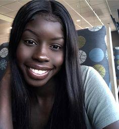 Beautiful Dark Skinned Women, Beautiful Black Girl, Pretty Black, Pretty People, Beautiful People, Divas, Dark Skin Girls, Dark Skin Beauty, Black Girl Aesthetic