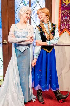 Sisters   by acciobrandon Fantasia Anna Frozen, Frozen Elsa And Anna, Elsa Anna, Frozen Queen, Queen Elsa, Ice Queen, Anna Disney, Disney Frozen Elsa, Disney Girls