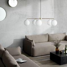 Kjøp Chambers Chandelier - Brass fra MENU hos Nordiske Hjem