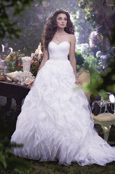Alfred Angelo unveils Ariel-inspired wedding gown