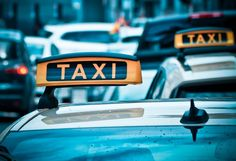 Polscy taksówkarze pozywają Uber - zarzut: nieuczciwa konkurencja