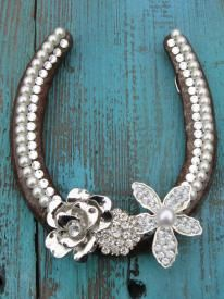 Chic Rustic Horseshoe perfect cowgirl western gift idea for a bride or housewarming gift idea