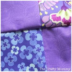 Quilting Tip: Nesting Seams - Match the patchwork seams in your work perfectly every time with this quilting tip - so simple you'll wonder why you didn't think of it yourself! Quilting For Beginners, Quilting Tips, Quilting Tutorials, Quilting Projects, Sewing Projects, Sewing Tips, Patchwork Quilting, Sewing Ideas, Basting A Quilt