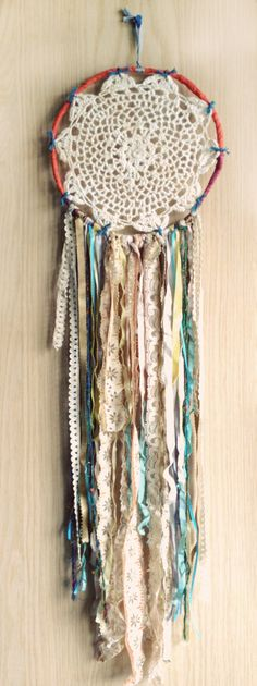 Bohemian Spirit Vintage Lace Trim Dreamcatcher solo Anna Miller  Need to make this for Toree, just beautiful!