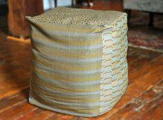 DIY pouf with blanket storage