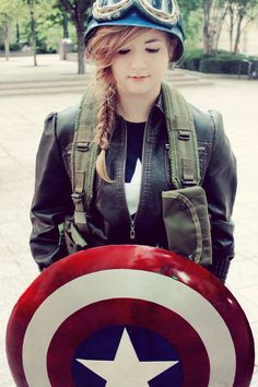 Female Captain America Cosplay - It's so perfect I love it!