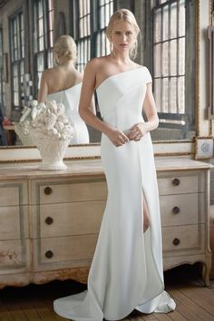 Fall Wedding Dresses, Bridal Dresses, Wedding Gowns, Wedding Cakes, Bridal Collection, Dress Collection, Sadie Robertson, Minimalist Wedding Dresses, Bridal Fashion Week