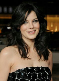 Michelle Monaghan- love her hair! Michelle Monaghan, Beautiful Actresses, Beautiful Celebrities, Hollywood Actor, Fair Skin, Woman Crush, Mannequins, Celebrity Pictures, Celebrity Crush