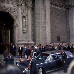 JFK in Mexico; bubbletop  http://www.pinterest.com/pin/194428908888356230/