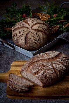 glutenfritt julbröd Christmas Bread, All Things Christmas, Grain Foods, Foods With Gluten, Bread Recipes, Vegan Recipes, Lollipop Candy, Gluten Free Living, Candy Cookies