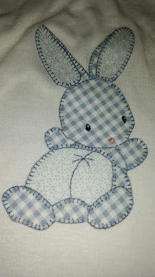 Más                                                                                                                                                                                 Más Baby Quilt Patterns, Applique Patterns, Applique Quilts, Applique Designs, Quilting Designs, Patch Quilt, Sewing Patterns, Baby Applique, Baby Embroidery