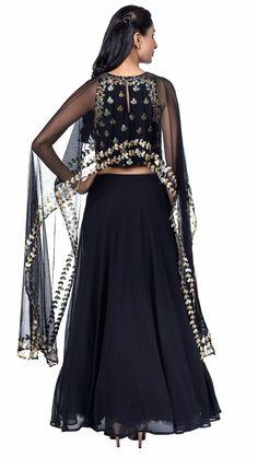 Buy Esha Koul's Black Cape Lehenga Online - Jiva