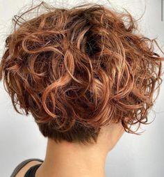 Short Wavy Pixie, Curly Pixie Cuts, Pixie Cut With Bangs, Blonde Pixie Cuts, Short Hair Cuts, Pixie Bob, Pixie Wavy Hair, Wavy Pixie Haircut, Front Hair Styles