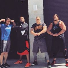 David Bakhtiari, Clay Matthews and Aaron Rodgers Flexing -- It's time for the farewell flex from David Bakhtiari, Clay Matthews and Aaron Rodgers as they leave Los Angeles. Two of these guys look bigger than ever. Packers Baby, Go Packers, Packers Football, Greenbay Packers, Football Baby, Green Bay Football, Green Bay Packers Fans, Manning Nfl, Peyton Manning