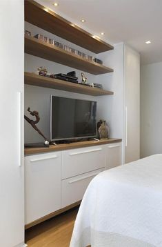 Bedroom Built Ins, Workspace Design, Woman Bedroom, Tv Cabinets, Home Kitchens, My House, Decoration, Architecture Design, New Homes
