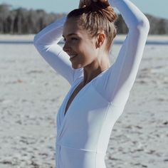 Beachside elegance. One of our amazing #unepiecewomen, @yogakiss, looking simply stunning in UNE PIECE. 📷 @elrhophoto