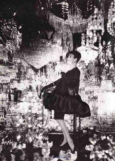 Anita Modes evening ensemble, 1958. Photo by Gleb Derujinsky.