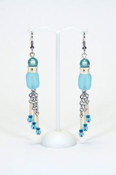 Boucles d'oreilles bleues, vertèbres, chaînes #gadhorre #jawelry