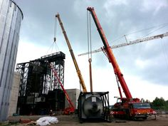 Rachbauer aus Salzburg erledigt Arbeit eines 500 Tonnen Mobilkran mit zwei seiner Autokrane ( einem 300 Tonnen Kran und einem 220 Tonnen Kran mittels Tandemhub )   www.rachbauer.at