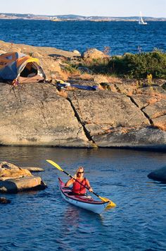 Camping and kayaking in Stockholm.