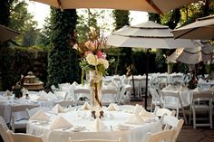 Romantic Outdoor Terrace Wedding Reception | Pepper Nix Photography | See More! http://heyweddinglady.com/classic-vintage-blush-and-ivory-wedding-from-pepper-nix-photography/