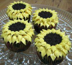 Cupcakes girasoles con galletas Oreo | Recetas de Halloween para Niños. Recetas para bebés y niños. Alimentación durante el embarazo y la infancia