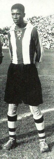 """Carlos Alejandro Villanueva Martinez. """"Manguera""""  Nacimiento: 04-06-1908 en Lima. Falleció a los 35 años el 11-04-194"""