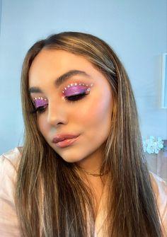 Jewel Makeup, New Year's Makeup, Edgy Makeup, Eye Makeup Art, Skin Makeup, Makeup Inspo, Makeup Inspiration, Cool Makeup Looks, Pretty Makeup