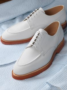 The Onslow Blucher in White Buck Mens Boots Fashion, Mens Fashion Suits, 1940's Fashion, Fly Shoes, Sock Shoes, Men's Shoes, Mens Shoes Boots, Shoe Boots, White Buck Shoes