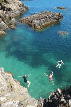 Sophie Pierce writes a piece for Female First upon the release of her new book Wild Swimming South Devon and Dartmoor. Places To Travel, Places To See, South Devon, Devon Uk, Devon Beach, Uk Beaches, Into The West, Devon And Cornwall, Uk Holidays